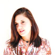 La Dott. ssa Serena La Terra, ha conseguito con profitto la laurea triennale in Scienze Giuridiche e segue il proprio percorso formativo di studi per il conseguimento della laurea magistrale. Entra a far parte del Team di professionisti dello Studio Legale Arius in affiancamento all'Avvocato Alecci nel settembre del 2018.  All'interno dello studio Arius si impegna a conseguire le capacità tecniche della professioni forensi. Nonostante la giovane età, dotata di una grande  capacità organizzativa e di genetica  propensione  per le materie giuridiche si occupa di gestire l'area amministrativa e logistica dello studio legale, impegno che Le consente  di accedere al mondo giuridico attraverso  un approccio pratico dei casi.