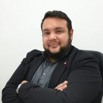 """Tiago Morais Dos Santos, entra a far parte dello studio Arius nell'anno 2019. Professionista nell'assistenza alla cittadinanza italiana """"jure sanguinis"""", all'interno dello studio si occupa di ogni aspetto amministrativo, pratico/giuridico della cittadinanza, seguendo con professionalità il cliente in ogni passo per il riconoscimento, l'ottenimento e la registrazione. Direttore generale dell'agenzia """"Infiniti Cidadania"""" in Brasile, ha ottenuto con la sua notevole esperienza diversi riconoscimenti e traguardi, ottenendo l'attestazione per l' A.N.U.S.C.A. che consentono a questo professionista di poter gestire a 360° la pratica relativa alla cittadinanza."""